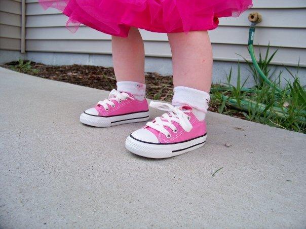 Gracie's converse shoes