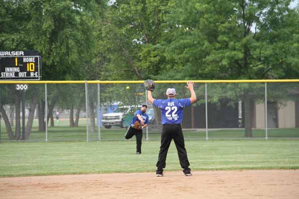 CoEd_Softball_2015005