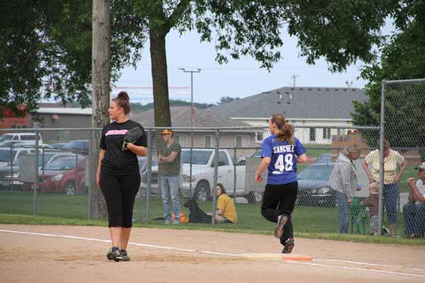 CoEd_Softball_2015011