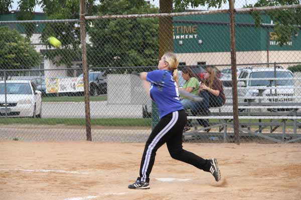 CoEd_Softball_2015017