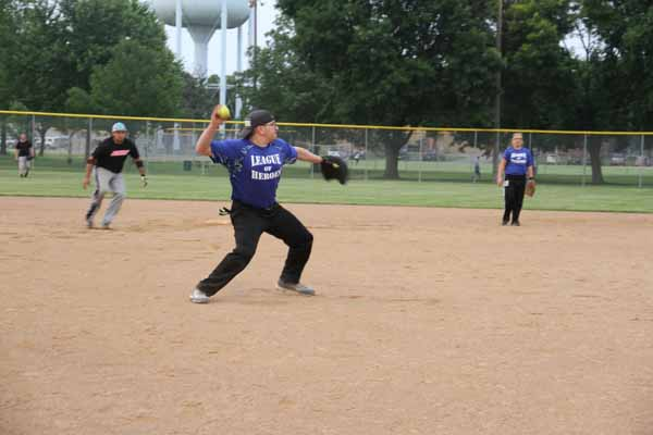 CoEd_Softball_2015023