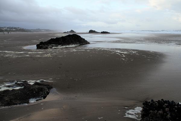 Roads end beach011