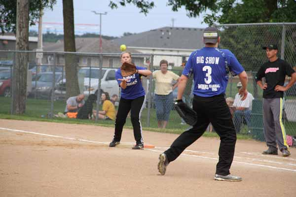 CoEd_Softball_2015007