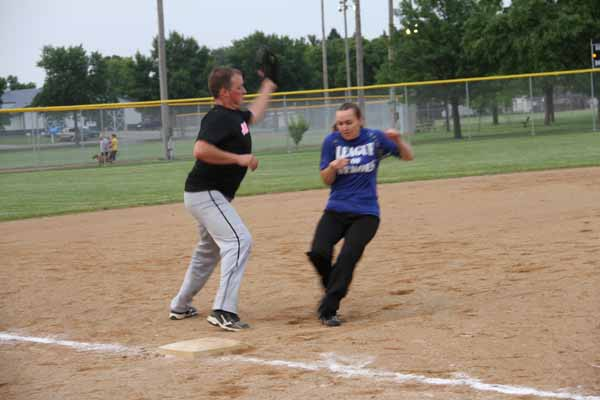 CoEd_Softball_2015013