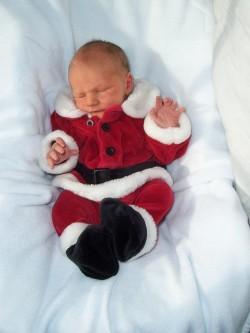 Newborn_santa_jack