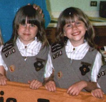 Jen_and_michelle_brownies_june_1986